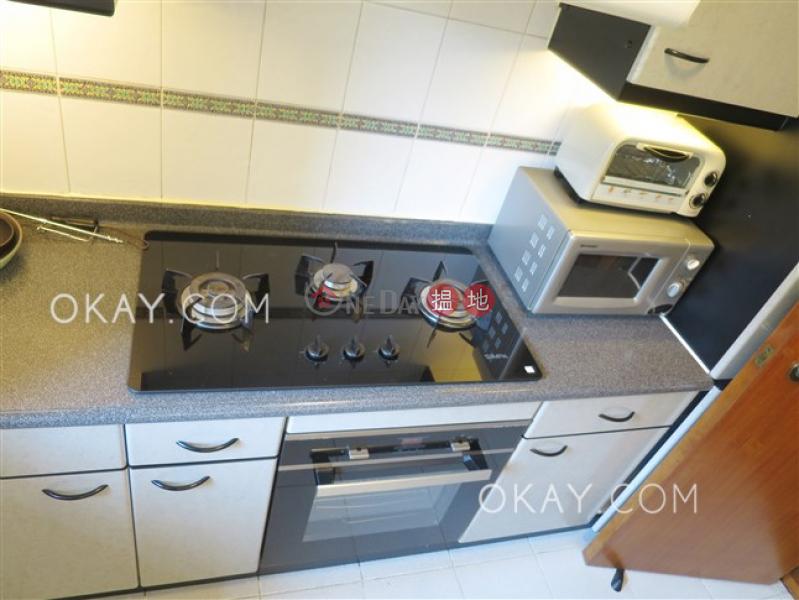 HK$ 34,000/ 月曉峰閣 中區-2房1廁,實用率高,極高層,星級會所曉峰閣出租單位