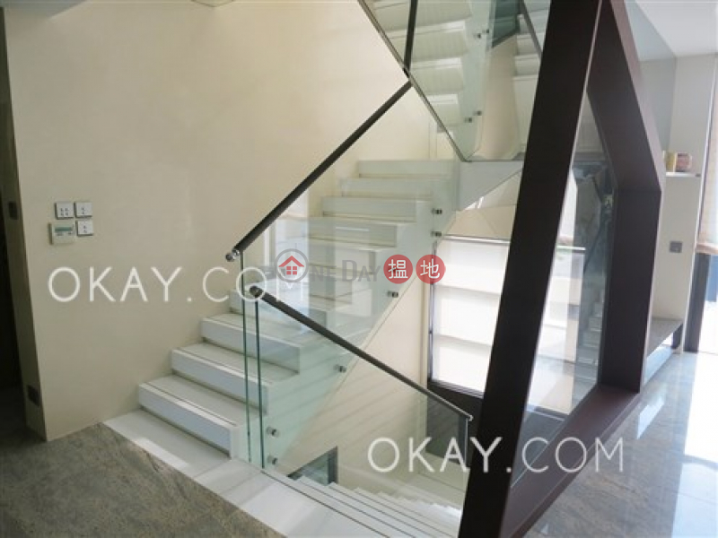 Beautiful house with rooftop, terrace & balcony | For Sale, 28 & 33 Kwu Tung Road | Kwu Tung Hong Kong, Sales HK$ 69M