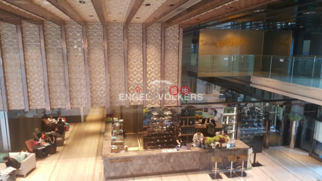 3 Bedroom Family Flat for Sale in Tuen Mun | Century Gateway Phase 1 瓏門一期 Sales Listings