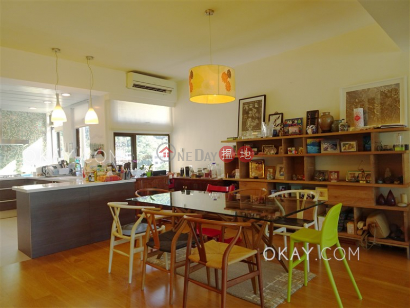 HK$ 73,000/ month Fulham Garden, Western District, Efficient 3 bed on high floor with balcony & parking | Rental