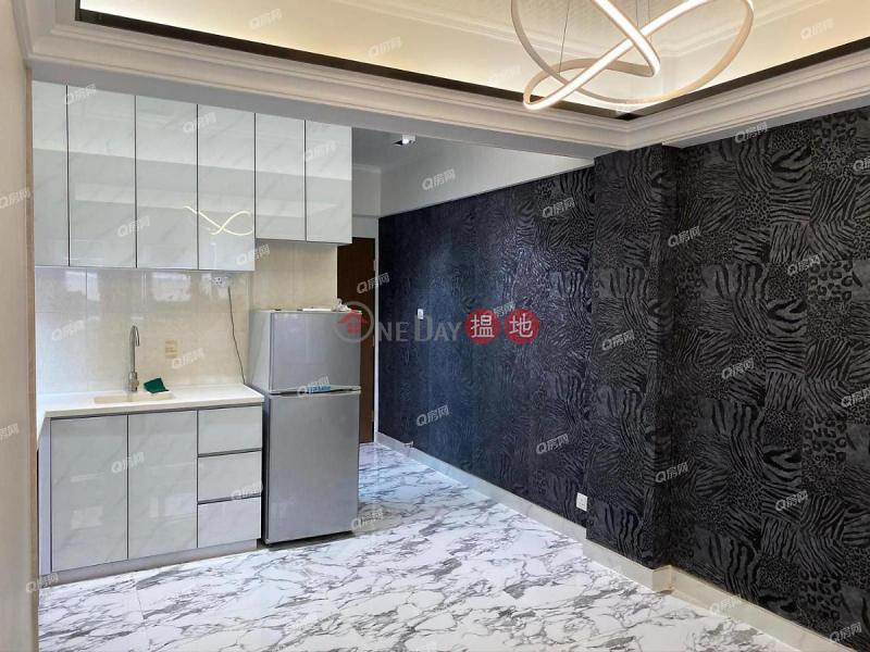 HK$ 24,800/ 月京都大樓灣仔區-罕有全新靓裝兩房連天台租盤, 交通方便京都大樓租盤