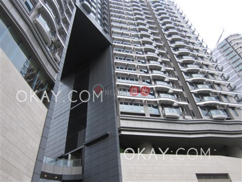 HK$ 60,000/ month | The Austin | Yau Tsim Mong | Rare 3 bedroom with balcony & parking | Rental