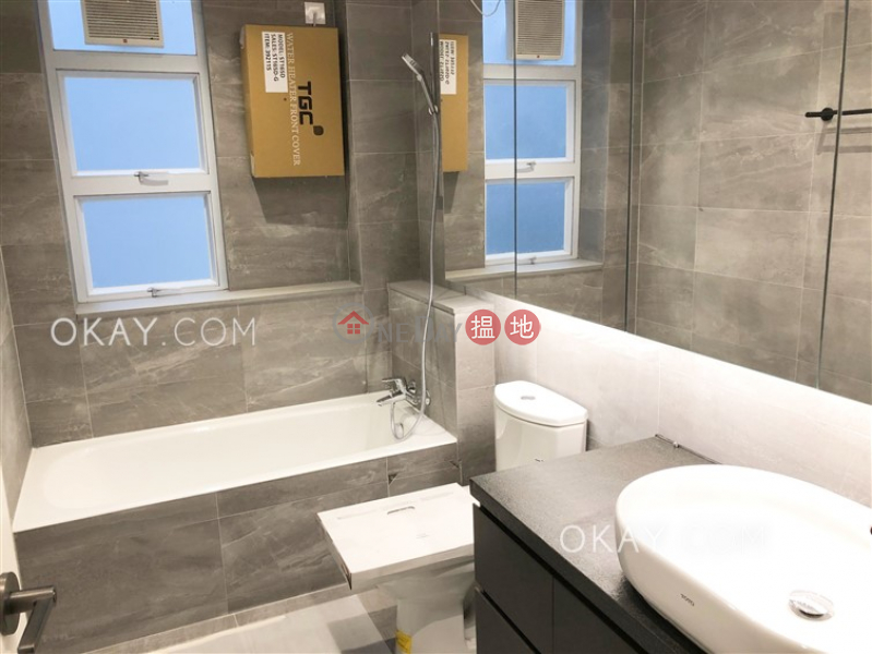 HK$ 40,000/ month, Blue Pool Lodge Wan Chai District, Luxurious 2 bedroom with balcony | Rental