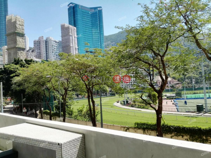 HK$ 2,920萬金鞍大廈 灣仔區-平台特色 , 乞今放售 , 絕無僅有《金鞍大廈買賣盤》
