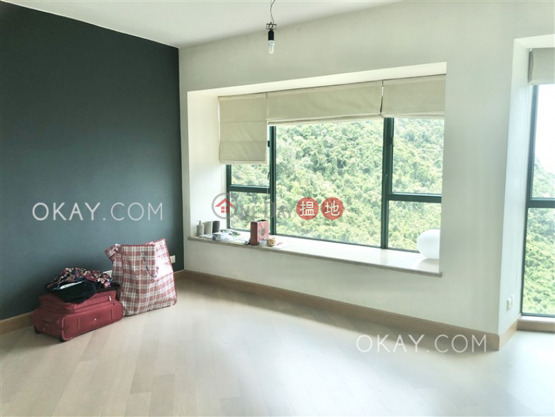 HK$ 59,000/ month | Hillsborough Court Central District | Elegant 3 bedroom on high floor with parking | Rental