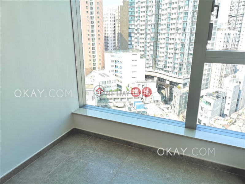 HK$ 39,200/ month, Resiglow Pokfulam, Western District Tasteful 2 bedroom with balcony | Rental