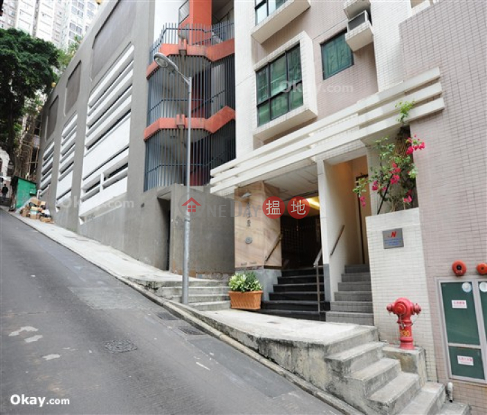 HK$ 25,000/ month   Caine Tower Central District   Charming 1 bedroom on high floor   Rental