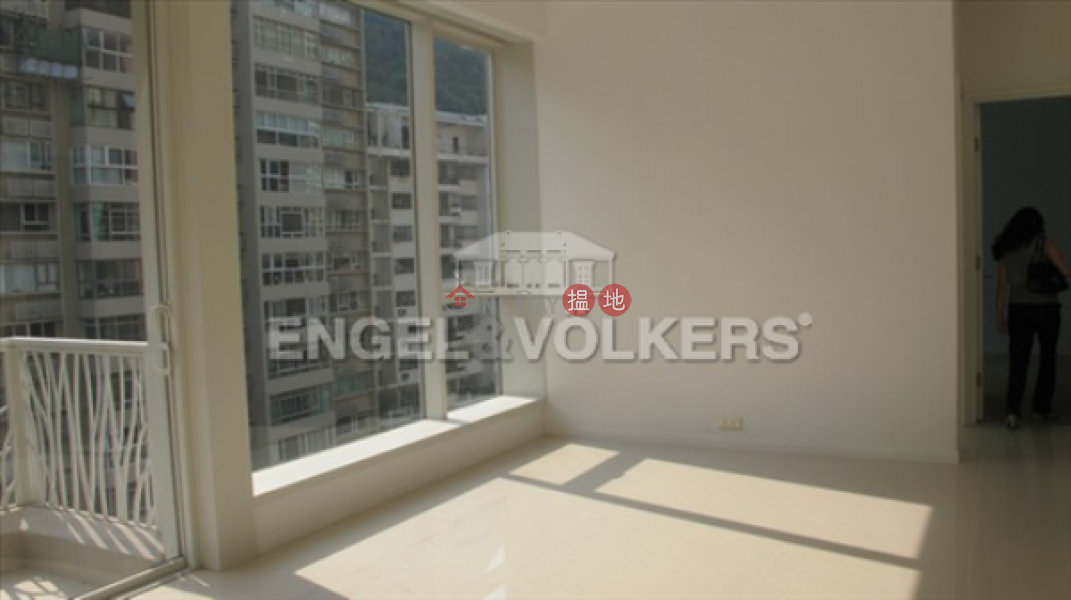 HK$ 25M, 18 Conduit Road Western District, 3 Bedroom Family Flat for Sale in Mid Levels West