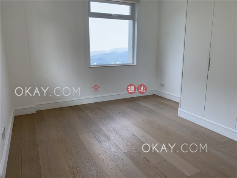 HK$ 155,000/ month Eredine | Central District | Efficient 3 bed on high floor with sea views & parking | Rental