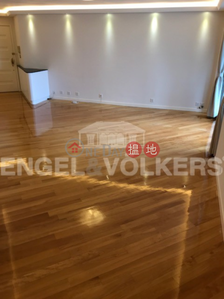 Property Search Hong Kong | OneDay | Residential Rental Listings | 3 Bedroom Family Flat for Rent in Tai Koo