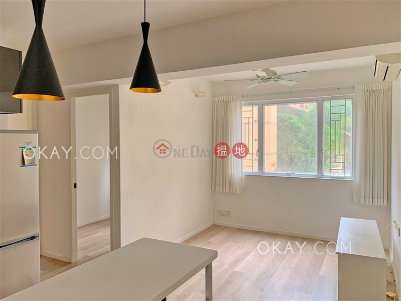 Cozy 2 bedroom with parking | Rental, Tai Hang Terrace 大坑台 Rental Listings | Wan Chai District (OKAY-R165603)
