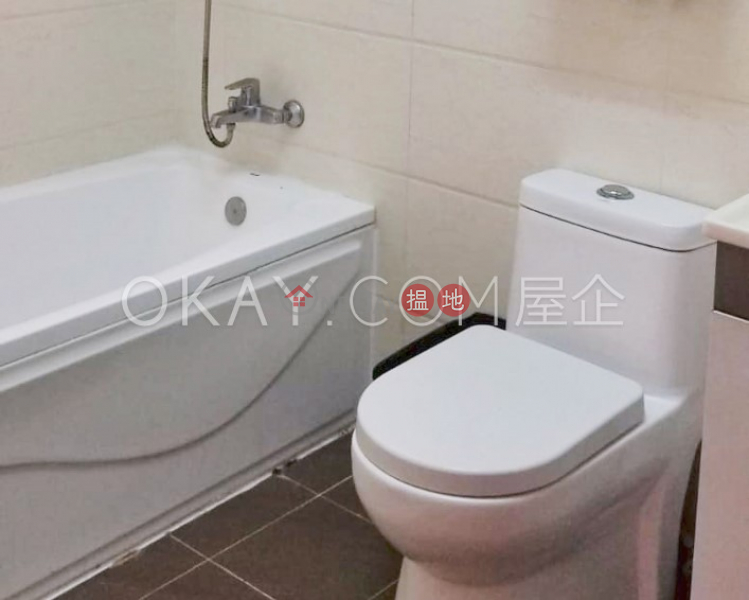 Charming 2 bedroom in Mid-levels West | For Sale | Cameo Court 慧源閣 Sales Listings