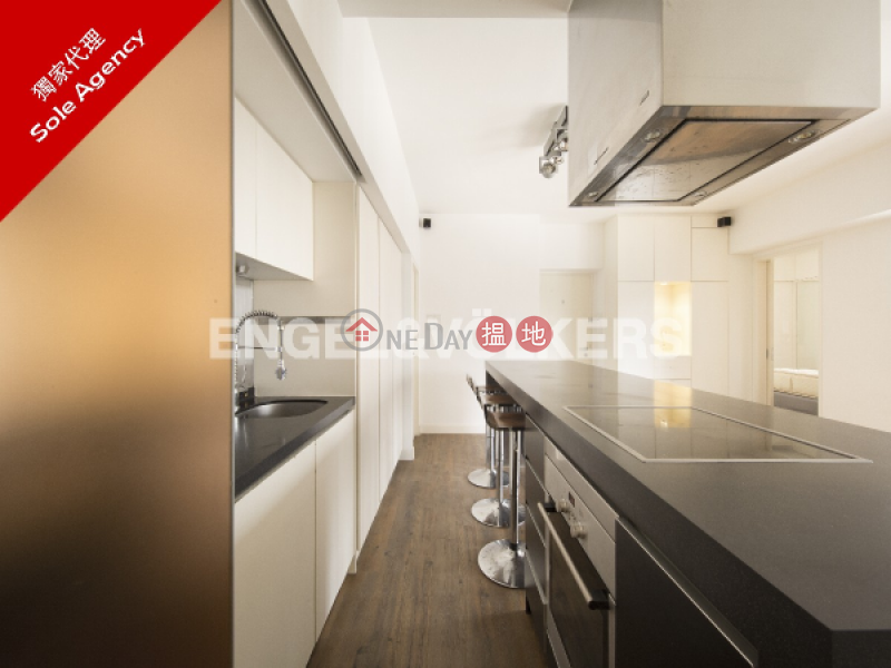 1 Bed Flat for Sale in Mid Levels West, Woodlands Terrace 嘉倫軒 Sales Listings | Western District (EVHK43427)