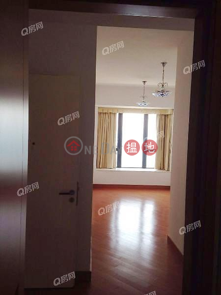 HK$ 60M | Phase 1 Residence Bel-Air Southern District Phase 1 Residence Bel-Air | 4 bedroom Mid Floor Flat for Sale