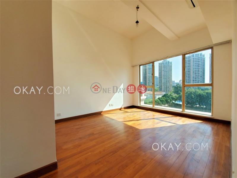 Lovely penthouse with sea views, rooftop & balcony   Rental   Hong Kong Gold Coast Block 32 香港黃金海岸 32座 Rental Listings