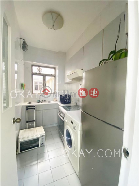 HK$ 8.8M, Discovery Bay Plaza / DB Plaza, Lantau Island Generous 2 bedroom on high floor with sea views | For Sale