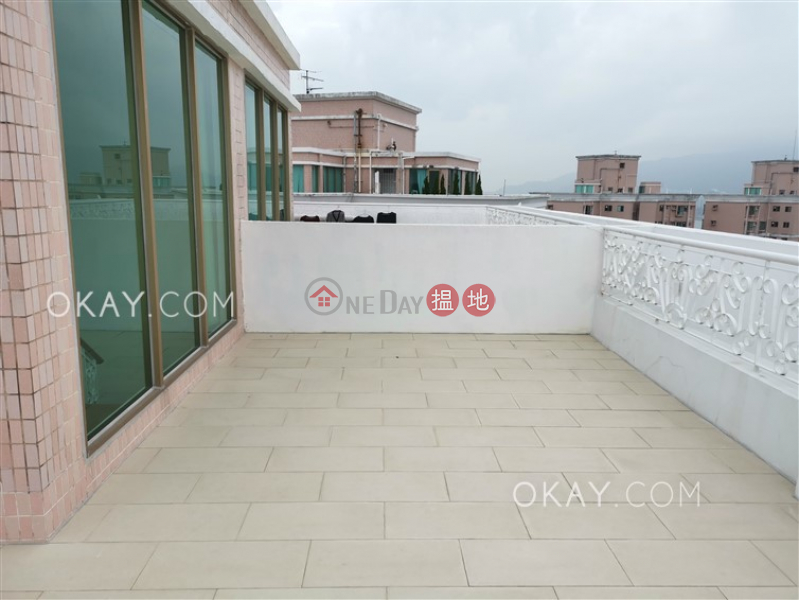 HK$ 36,000/ month, Hong Kong Gold Coast Block 17 Tuen Mun | Luxurious penthouse with rooftop & balcony | Rental