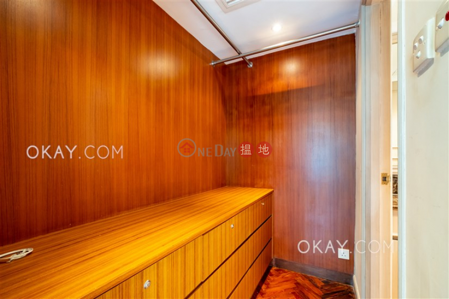 Unique 3 bedroom in Mid-levels West | Rental | 62B Robinson Road 愛富華庭 Rental Listings