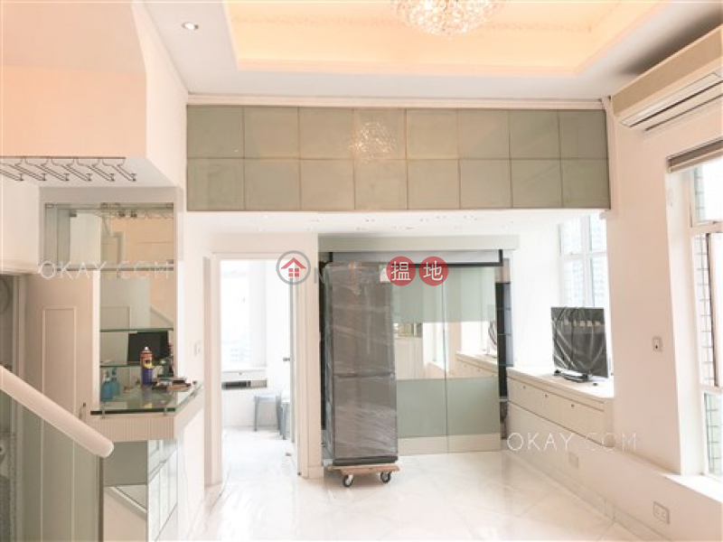 Property Search Hong Kong | OneDay | Residential | Rental Listings Luxurious 2 bed on high floor with rooftop & terrace | Rental