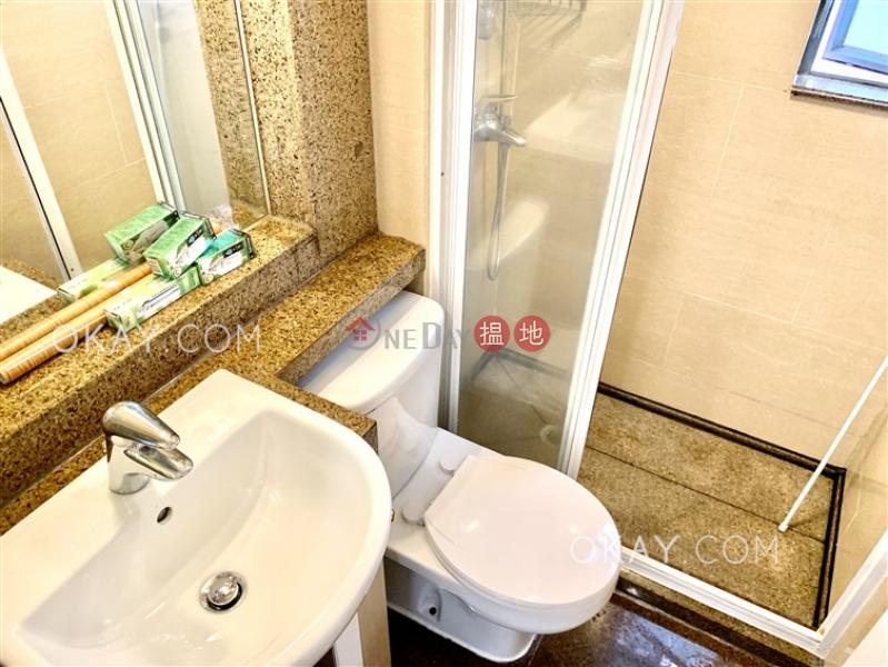 2房1廁,極高層,可養寵物《帝后華庭出租單位》 帝后華庭(Queen\'s Terrace)出租樓盤 (OKAY-R64652)