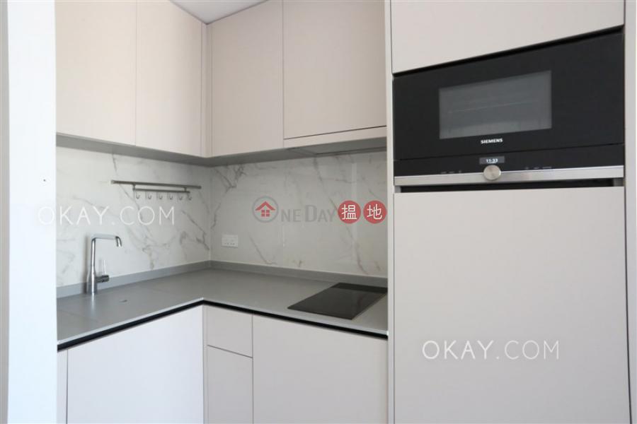 Cozy 1 bedroom on high floor with balcony | Rental | Resiglow Pokfulam RESIGLOW薄扶林 Rental Listings