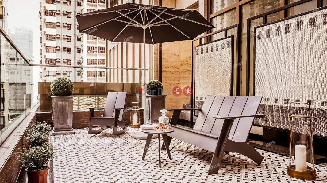 開揚遠景,乾淨企理,新樓靚裝,環境清靜,全新靚裝《CASTLE ONE BY V租盤》1衛城道 | 中區|香港|出租HK$ 56,000/ 月