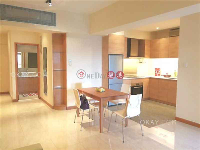 HK$ 25M Hoi Kung Court | Wan Chai District | Tasteful 3 bedroom with sea views | For Sale