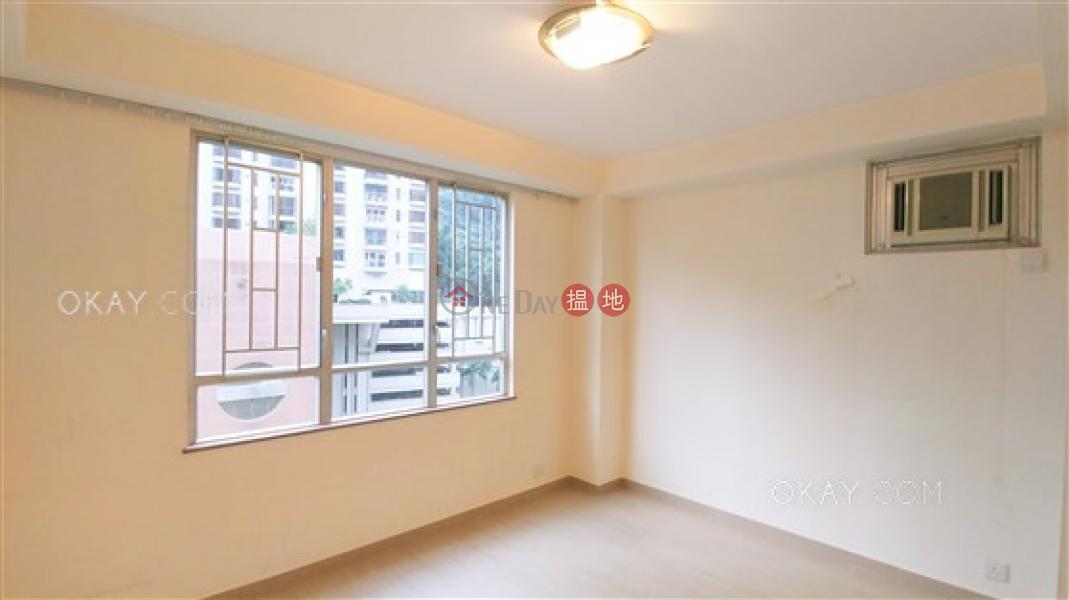 HK$ 25M Block 4 Phoenix Court | Wan Chai District Elegant penthouse with rooftop, balcony | For Sale
