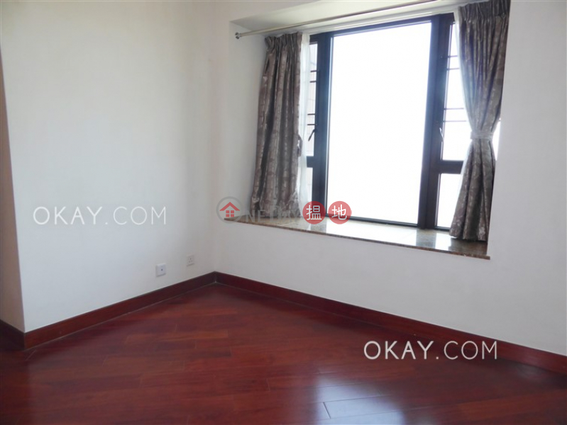 HK$ 32,000/ month The Arch Star Tower (Tower 2),Yau Tsim Mong, Nicely kept 2 bedroom in Kowloon Station | Rental
