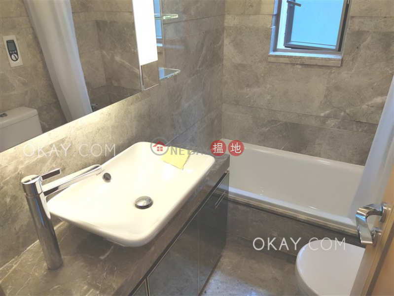 HK$ 35,000/ 月Diva 灣仔區3房2廁,星級會所,露台《Diva出租單位》