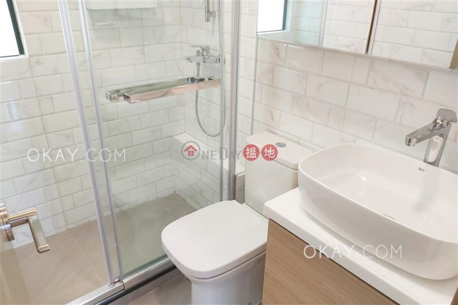 Nicely kept 2 bedroom in Mid-levels West   Rental   Dragon Court 恆龍閣 Rental Listings