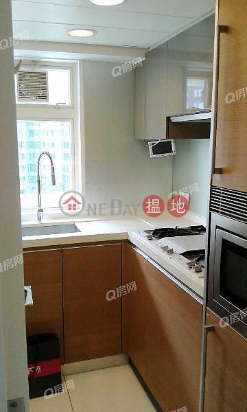Centrestage | 2 bedroom Mid Floor Flat for Rent 108 Hollywood Road | Central District, Hong Kong, Rental | HK$ 31,000/ month