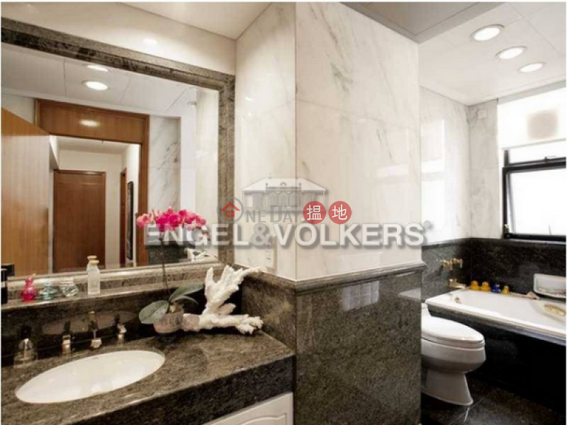HK$ 150,000/ month 61-63 Deep Water Bay Road Southern District 4 Bedroom Luxury Flat for Rent in Deep Water Bay