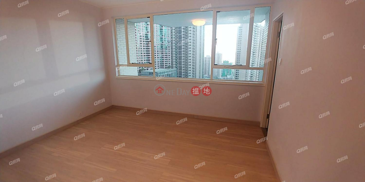 HK$ 93M | May Tower 1 | Central District | May Tower 1 | 3 bedroom Low Floor Flat for Sale
