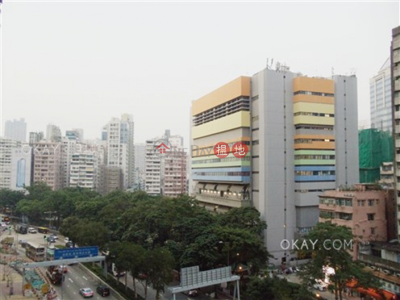 2房1廁,星級會所,露台《Grand Austin 1座出租單位》|9柯士甸道西 | 油尖旺-香港|出租-HK$ 33,000/ 月