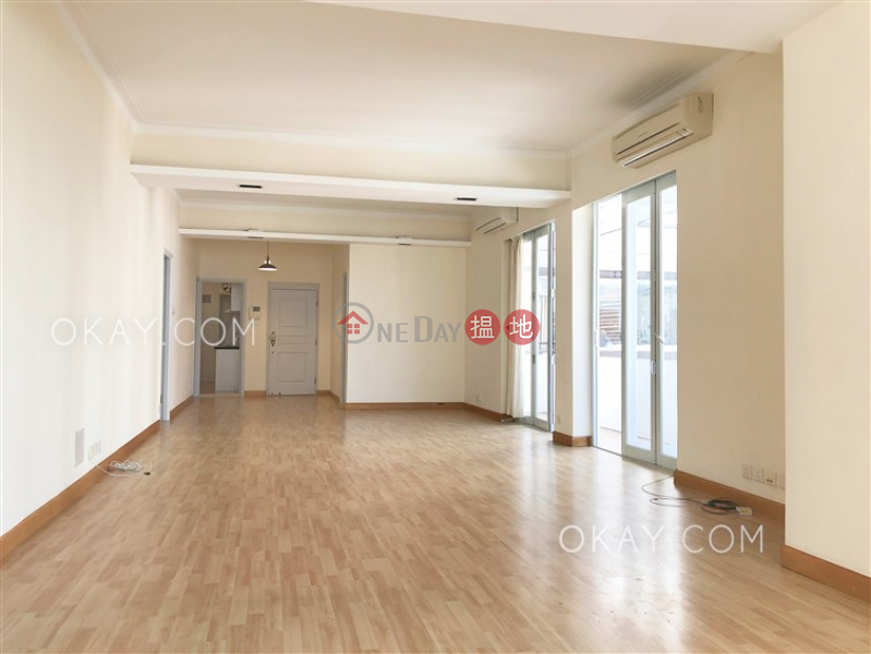 Unique 3 bedroom on high floor with balcony & parking | Rental | Happy Mansion 快樂大廈 Rental Listings