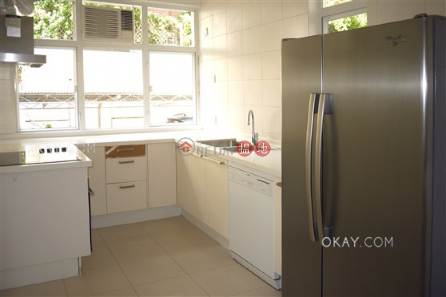 HK$ 120,000/ month, Villa Martini Block 1, Southern District, Gorgeous 4 bedroom with balcony & parking | Rental
