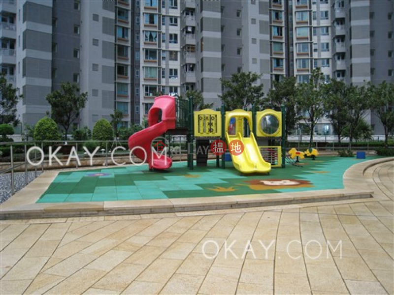 Stylish 3 bedroom with balcony   For Sale   Phase 4 Bel-Air On The Peak Residence Bel-Air 貝沙灣4期 Sales Listings