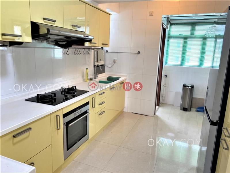 HK$ 65,000/ 月-康馨園灣仔區-5房2廁,連車位,露台《康馨園出租單位》