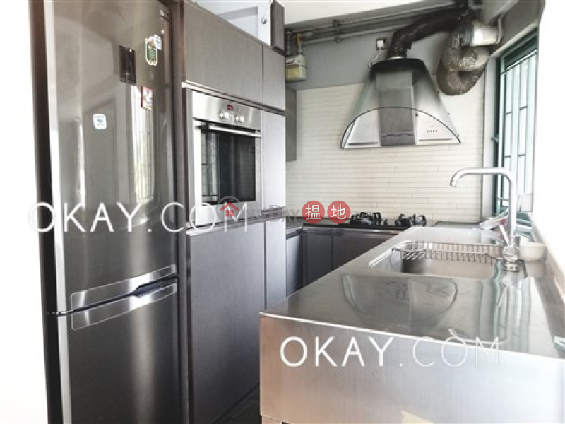 HK$ 42,000/ month, University Heights Western District | Popular 3 bedroom with parking | Rental