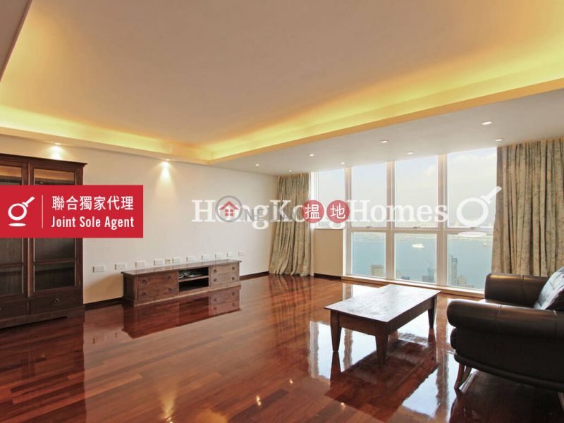 HK$ 5,500萬|雲峰大廈東區雲峰大廈兩房一廳單位出售