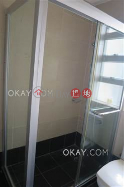 HK$ 49,000/ month   77-79 Wong Nai Chung Road Wan Chai District Elegant 2 bedroom on high floor with racecourse views   Rental
