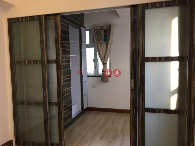 Flat for Rent in Luen Sen Mansion, Wan Chai 167-168 Hennessy Road | Wan Chai District, Hong Kong Rental | HK$ 14,300/ month