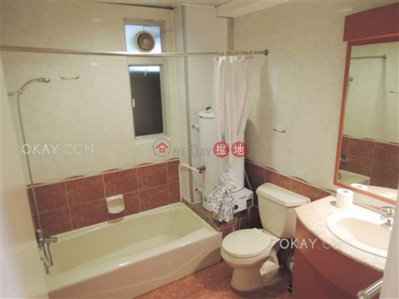 HK$ 55M, Fine Mansion | Wan Chai District, Unique 3 bedroom on high floor with parking | For Sale