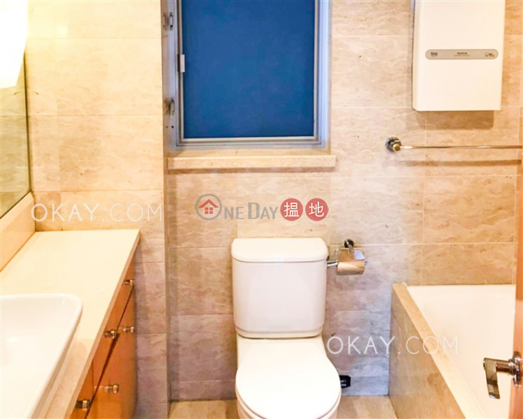Property Search Hong Kong | OneDay | Residential | Sales Listings, Gorgeous 2 bedroom in Kowloon Station | For Sale