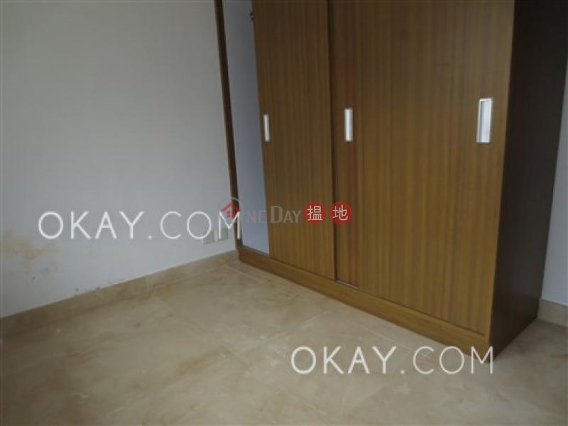 Nicely kept house with terrace & parking | Rental | La Caleta 盈峰灣 Rental Listings