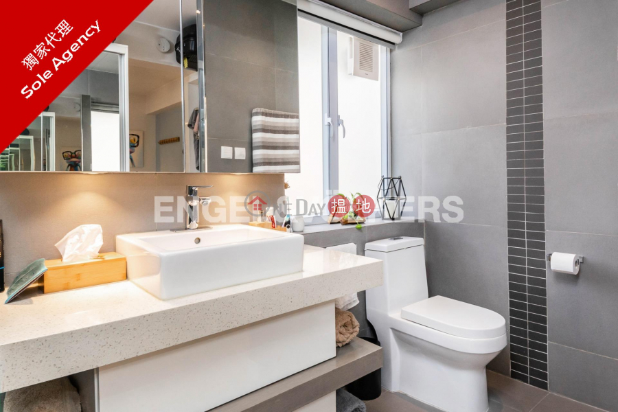 3 Bedroom Family Flat for Sale in Soho 119-125 Caine Road | Central District | Hong Kong Sales, HK$ 20.8M
