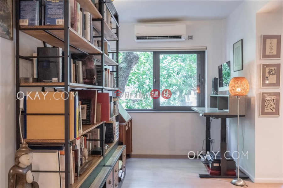 HK$ 21.5M Wah Hing Industrial Mansions Wong Tai Sin District, Efficient 2 bedroom with balcony | For Sale