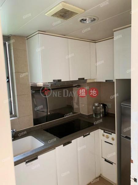 Tower 1 Hampton Place | 2 bedroom High Floor Flat for Sale | 11 Hoi Fan Road | Cheung Sha Wan Hong Kong, Sales HK$ 10.8M
