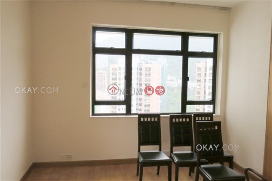 3房2廁,實用率高,連車位《樂陶苑出售單位》-18樂活道 | 灣仔區-香港-出售-HK$ 3,000萬